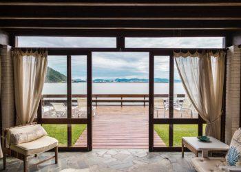 architecture-beach-beach-front-2598638-1024x683